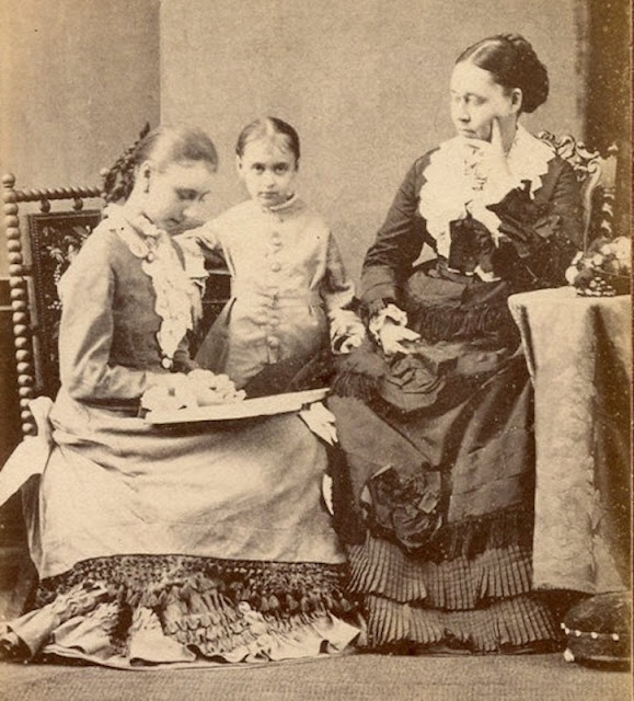 Vintage Photo. A Victorian era mother and younger daughter listen to the older daughter read.  Parenting, A Word to Women by Mrs. C. E. Humphry, 1898. marchmatron.com