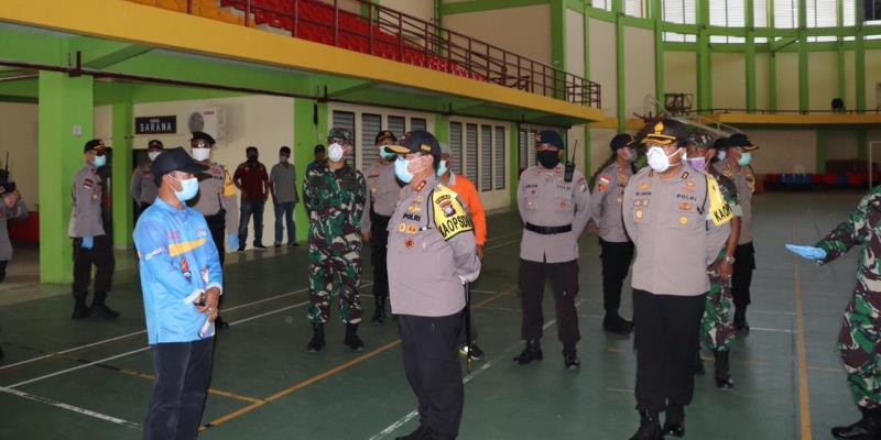 Kapolda Kepri Kunjungi Karimun Rangka Gugus Tugas Penanganan Covid-19