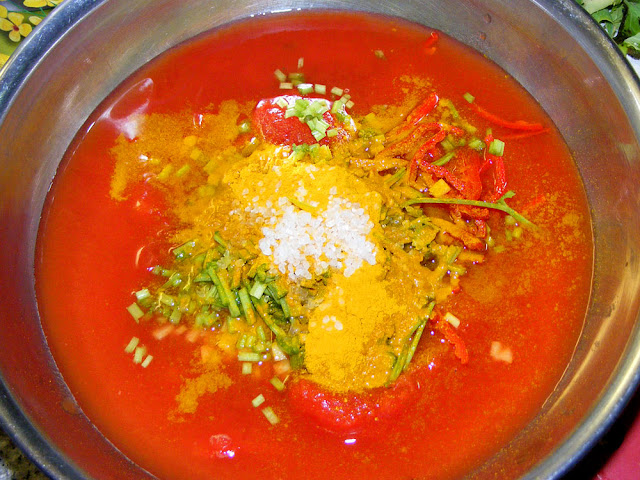 Tomato and spice mix for aloo gobi saag. Prepared and photographed by Susan Walter.