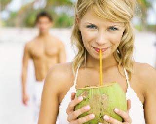 manfaat dan khasiat dari air kelapa