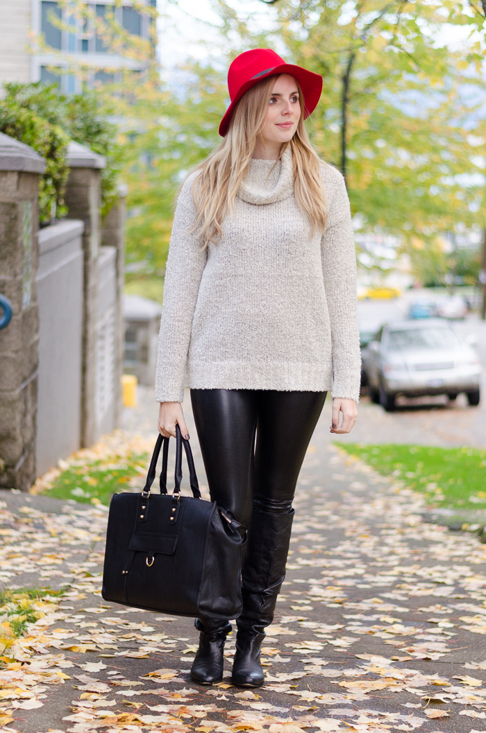 Forever 21 Oversized Sweater, how to wear leather leggings