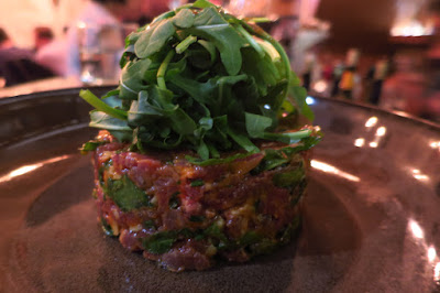 Coucou, beef tartare