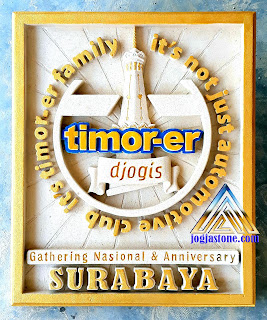 tulisan atau logo sebuah club mobil sedan timor, it's not just an automotive club, it's a timor-er family, timor-er