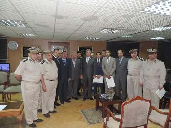 بالصور مدير أمن الغربية يكرم الضباط والأفراد المتميزين.