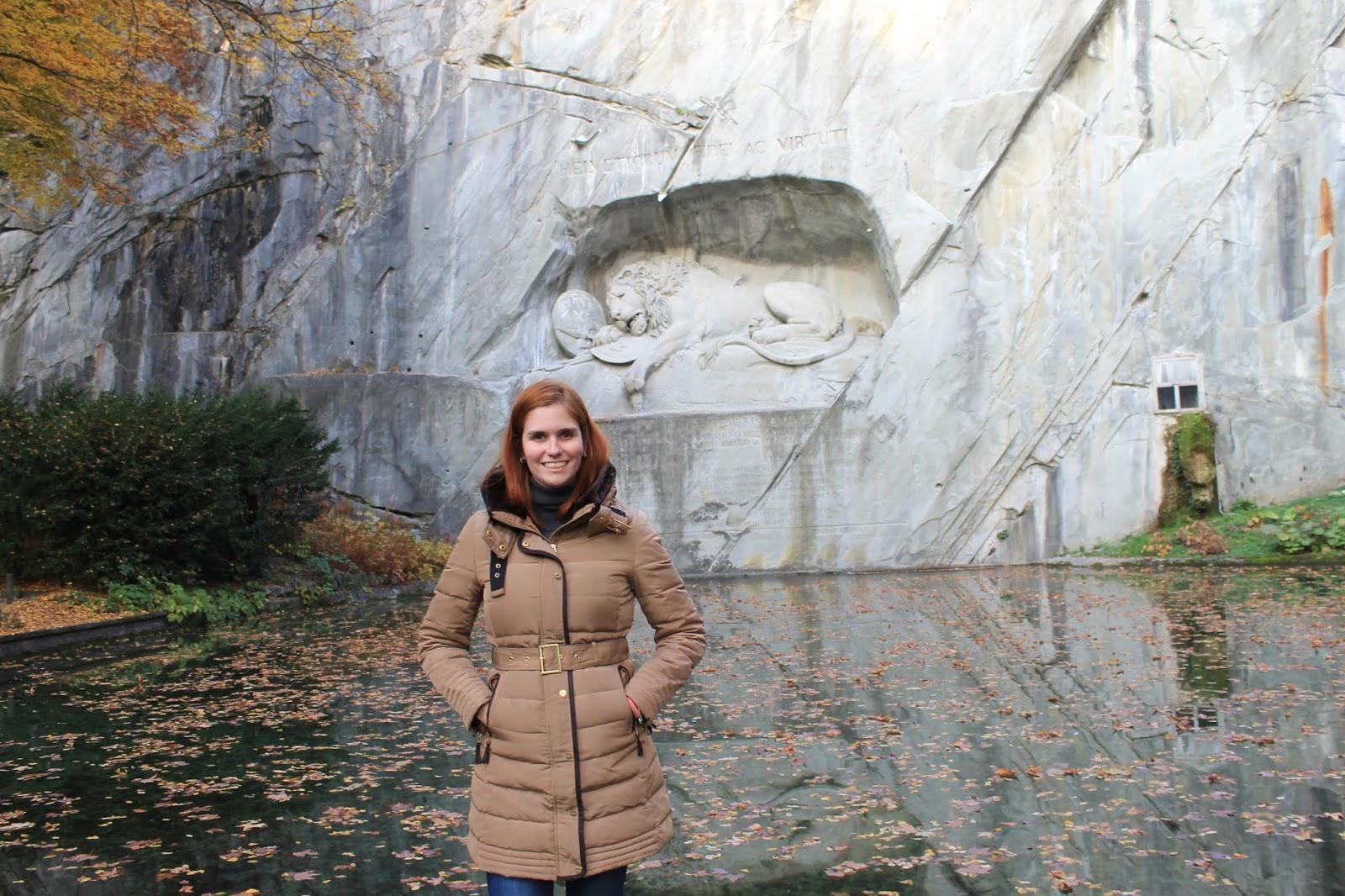Löwendenkmal ou Monumento do Leão - Luzern