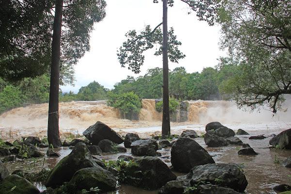 Cataratas Tad Hang - meseta Bolaven Plateau