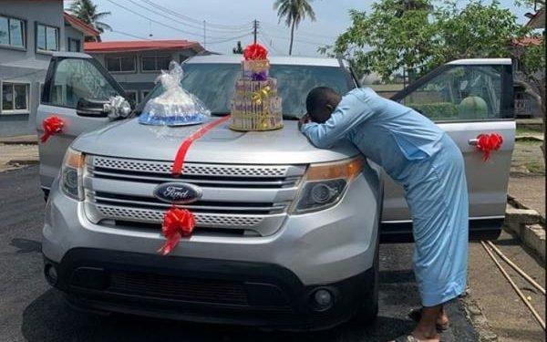 Instagram comedian, The Cute Abiola appreciates Tunham Autos for SUV birthday gift