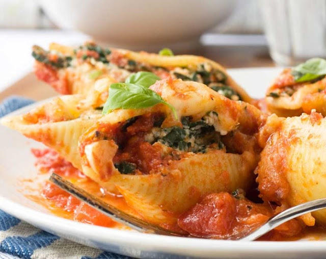 Ricotta Stuffed Shells #pasta #dinner