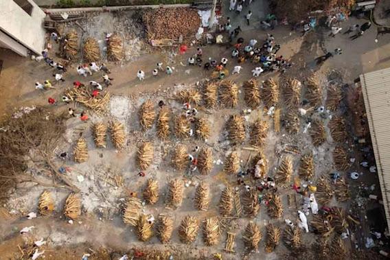 মানুষ আজ দিশাহারা  করোনা, ব্ল্যাক ফ্যাঙ্গাস,  আমফনের পর  তাউকটে, মৃত্যু মিছিল