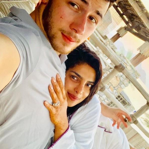 Priyanka And Nick Jonas Are Celebrating Honeymoon In Oman