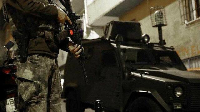 تركيا بالعربي - الأمن التركي يوقف 6 أجانب في إسطنبول بتهمة الترويج لـ بي كاكا الإرهابية
