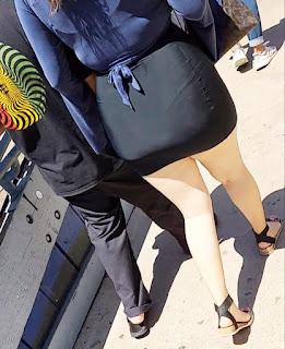 Mujeres bellas minifalda piernas sexis
