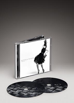 Christmas Gift Ideas: Bottega Veneta's Intreccio Uno CD