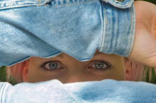 Hidden Face Dp for Girls