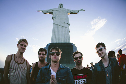 Relembre as passagens do Foster The People no Brasil