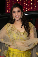 Mannara Chopra in lovely Ghagra Choli Transparent Chunni at Zee Telugu Apsara Awards 2017 08.JPG