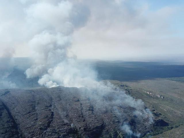 Incêndio destruiu área equivalente a 2,9 mil campos de futebol no Parque Nacional da Chapada Diamantina (Foto: Divulgação/ICMBio)