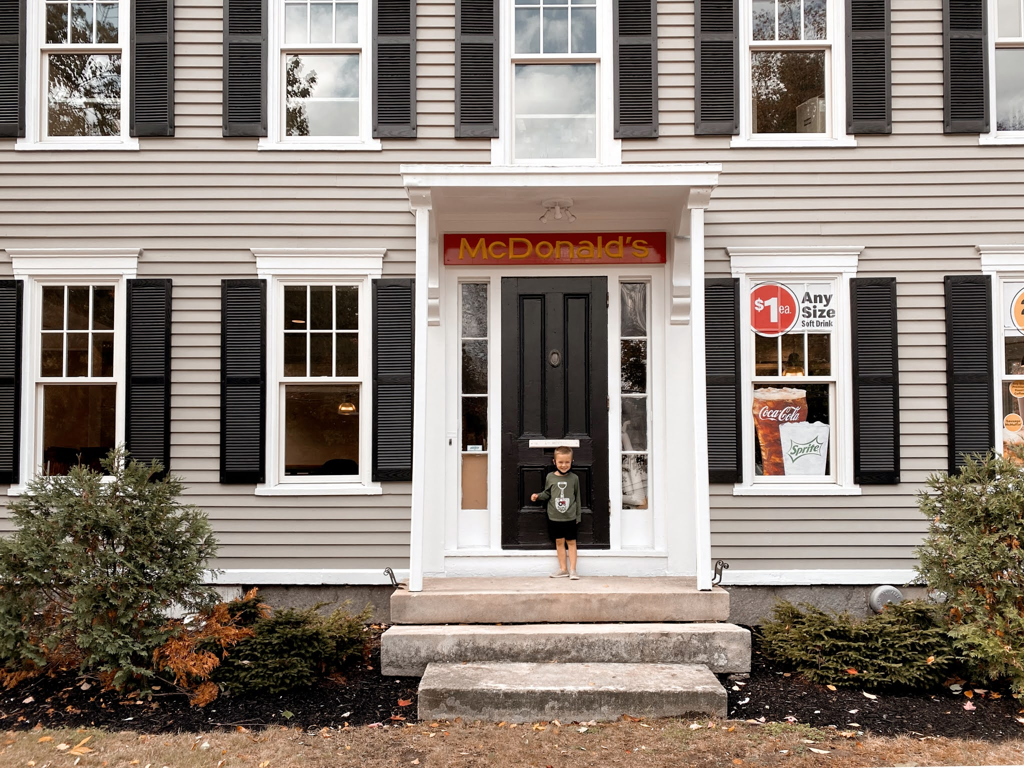 McDonalds in a 150-year old mansion in Freeport, ME | biblio-style.com
