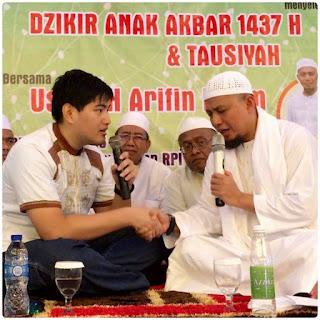 inilah alasan nauri mou masuk islam dihadapan ustadz arifin ilham