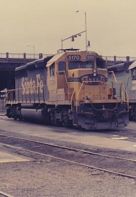 Atchison, Topeka & Santa Fe SD40-2 5170