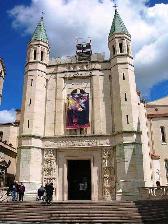 Basílica de Santa Rita em Cássia, onde também se guarda o milagre eucarístico