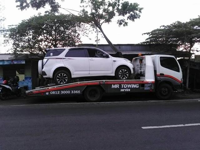 Harga Jasa Derek Mobil Surabaya