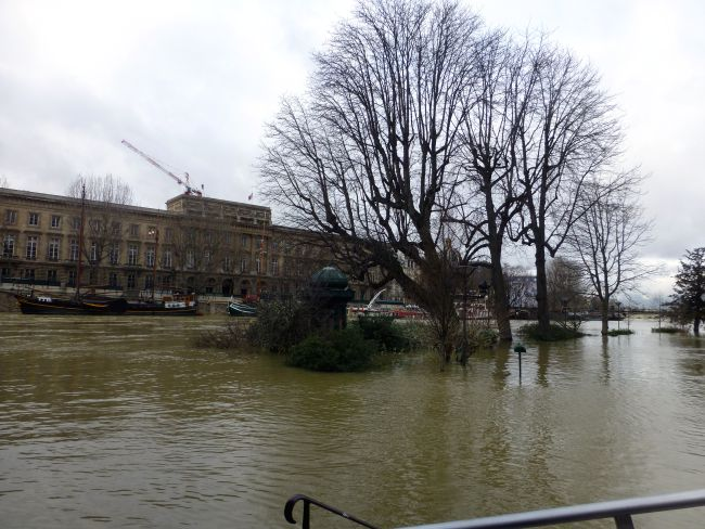 La Seine Flood