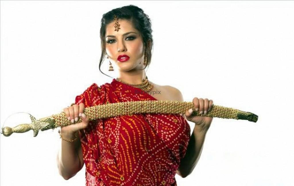Sunny Leone Topless Oiled Up And Sword In Saree - Sunny Leone - The Sex Goddess-5310