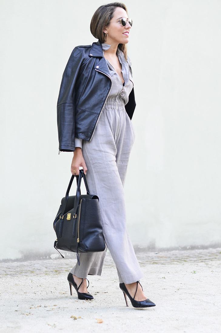 Streetstyle - zara linen jumpsuit, Zara biker, Zara heels, Rayban round sunglasses, Phillip Lim bag. Casual look