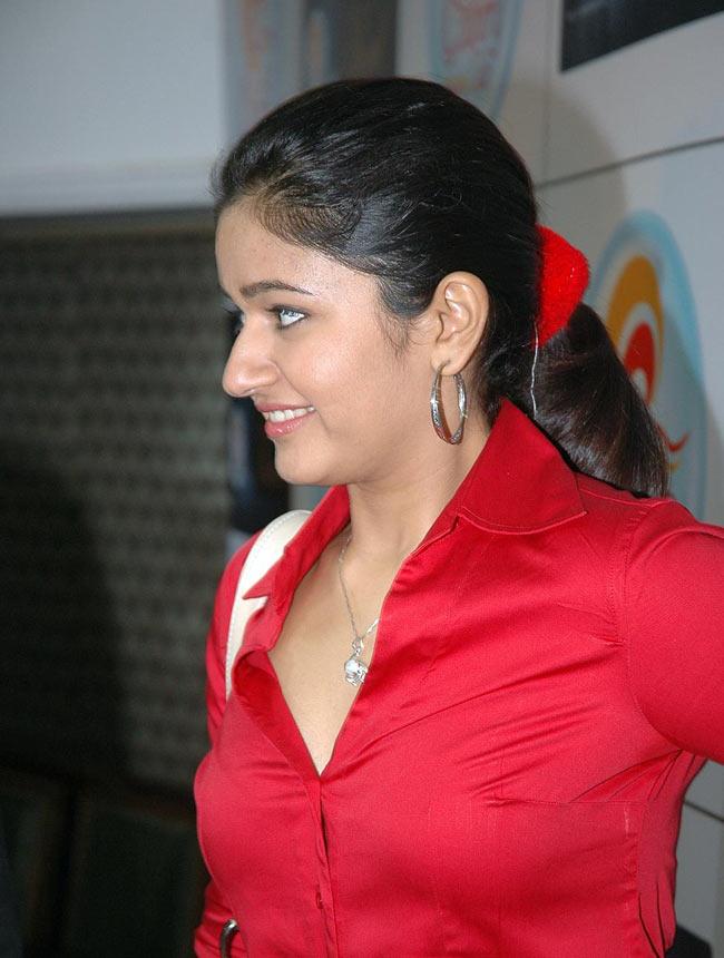 Indian Actress Poonam Bajwa Unbutton Red Shirt Black Bra -8757