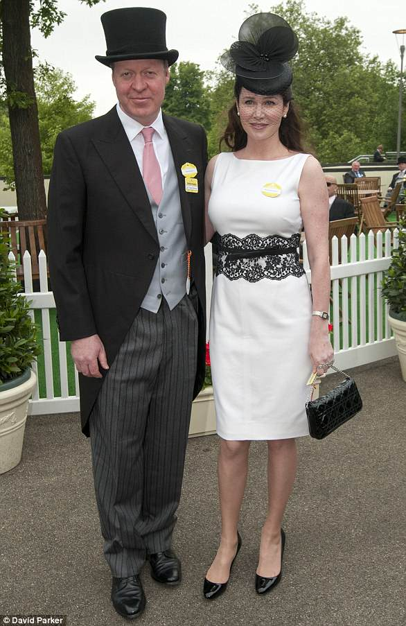 Earlier picture: Earl Spencer with wife Karen