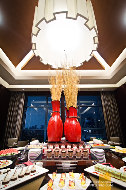 Crimson Hotel Alabang Eight Cafe Buffet