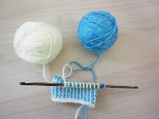 вязаный домик чехольчик для телефона тунисское вязание по кругу