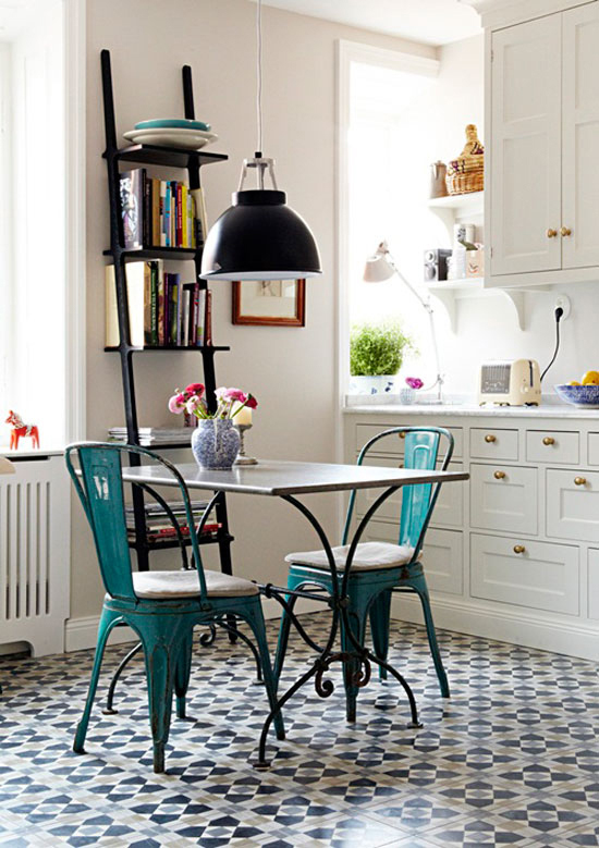 Contemporary kitchens with cement tiles| Image via Sköna Hem.