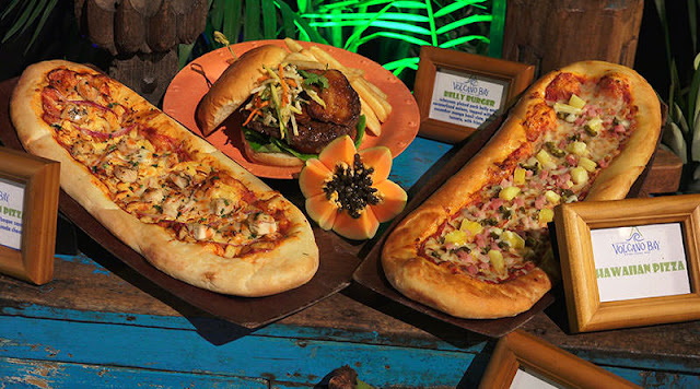 Pizza do Parque Volcano Bay em Orlando