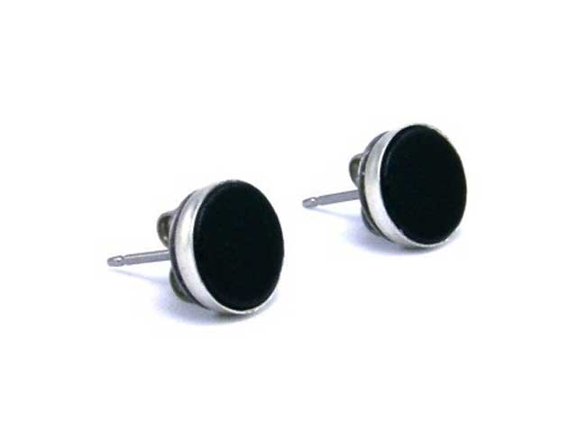 black earrings for men