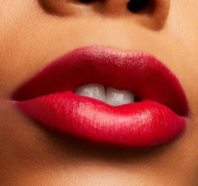 Son Mac Love Me Lipstick