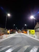 Ponte sobre o rio Picuí recebe iluminação por placas de LED