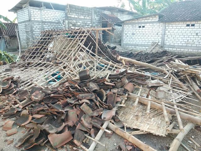 kerusakan akibat hujan es di Bojonegoro