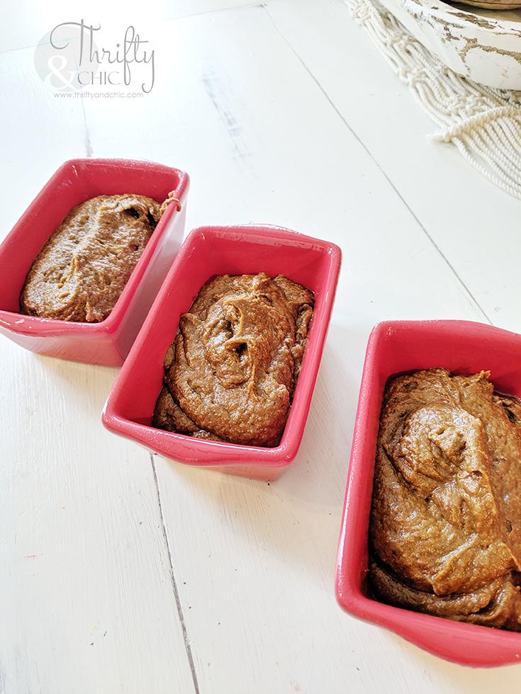 super moist pumpkin bread recipe, gluten free pumpkin bread recipe, keto friendly pumpkin bread recipe, the best pumpkin bread recipe, pumpkin muffins