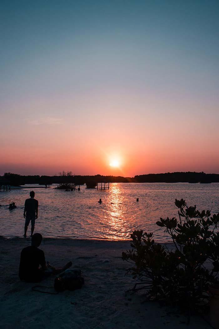 Fasilitas Wisata di Pulau Pari Pulau Seribu