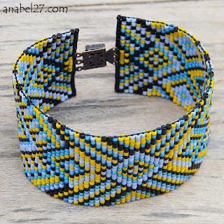 Купить яркий этнический браслет из бисера ручной работы