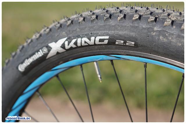 Bei 2,2'' Breite der Continental X-King-Reifen muss noch nicht Schluss sein, denn die breite Felge kann noch breitere Reifen aufnehmen.