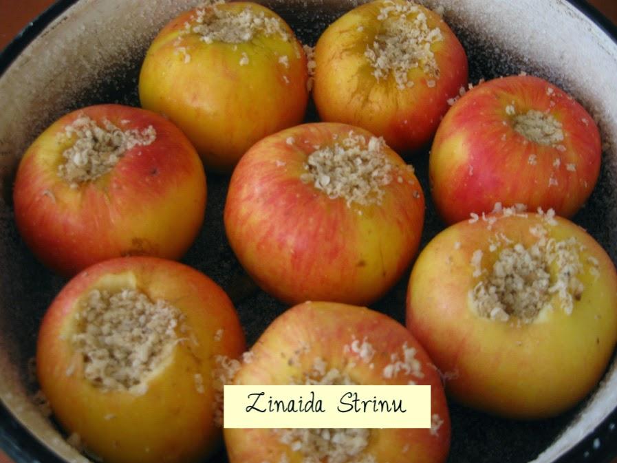 tort-de-mere-merele-pregatite-pentru-copt