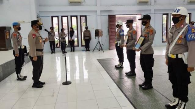 Terjerat Pidana, Desersi dan Zina, 13 Polisi Ini Dipecat dengan Tidak Hormat