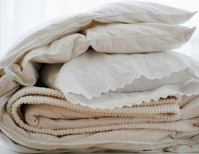 How to Wash a Down Comforter Easily