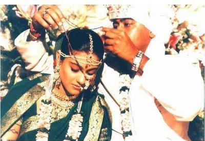 Ajay+%2526+Kajol+wedding+Pictures+2 - Indian Wedding Traditions