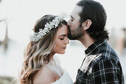 Arti Ciuman Dalam Pacaran Menurut Erek Erek