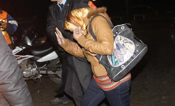 """الجديدة. اعتقال 'الحنونة' أشهر """"باطرونة"""" دعارة بعد شهور من المطاردة البوليسية"""