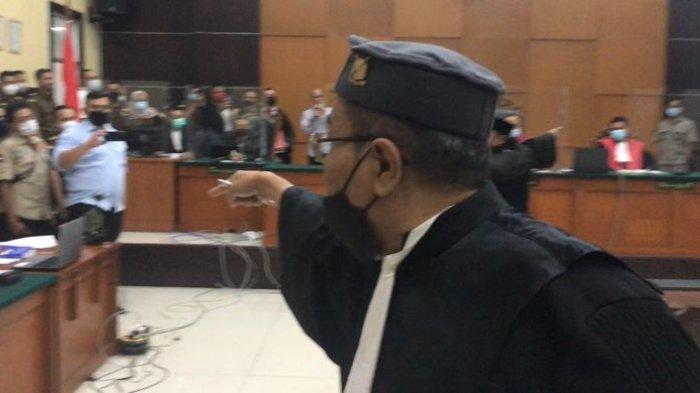 Munarman Bentak Jaksa Sidang Habib Rizieq Shihab: Saudara Diam!